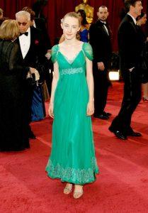 سیرشا رونان، تنها ۱۳ سال داشت که در مراسم اسکار حاضر شد. او برای فیلم تاوان، کاندیدای جایزه اسکار شد. او در آن مراسم لباسی از آلبرتا فرتی پوشید. سیرشا امسال هم برای فیلم لیدیبرد، کاندیدای اسکار است.